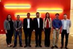 단체사진(우에서 좌로): 에디반드로 콘포르토, 세르지오 라자리니, 카롤리나 다 코스타, 리카르도 바르가스, 마르셀로 오르티셀리, 데이비드 칼라스, 파비아나 보르톨레토. 2018년