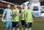 고성능 브랜드 N 관련 브랜딩이 적용된 전주 월드컵 경기장에서 N 스폰서 로고 및 포인트 패턴을 도입한 유니폼을 입은 전북현대모터스FC 소속 선수들(왼쪽부터 송범근, 이동국, 로페