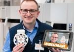 이구스의 적층 가공 책임자 톰 크라우제가 웹 세미나를 통해 3D프린팅 기어의 장점에 대해 설명한다