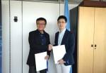 왼쪽부터 이재섭 ITU 표준화 총국장, 최지영 아이콘루프 공공사업담당이사