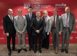 (왼쪽부터)조나단 스턴버그(Jonathan Sternberg, Medix), 스튜어트 스펜서(Stuart Spencer, AIA), 재키 챈(Jacky Chan, AIA), 응켕후