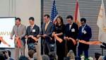 신타비아의 개장식에는 150여 고객 및 업계 파트너가 참석했다. (왼쪽에서 오른쪽으로) 조시 레비 할리우드 시장, Sumitomo Corporation of Americas의 CE