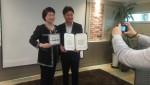 왼쪽부터 한국국제봉사기구 박을남 회장과 캐럿글로벌 노상충 대표