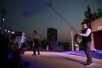 어부역할 배우가 관객과 함께 공연을 이끌어 나가는 장면