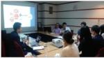 한국콤파스는 온라인 화상회의를 통한 해외 현지 마케팅을 진행하고 있다