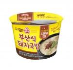 오뚜기가 진한 육수의 프리미엄 컵밥 부산식 돼지국밥을 출시했다