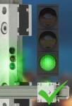 LED 디스플레이를 통해 슬라이드 필름 변경 여부를 확인할 수 있는 igus® 드라이린 리니어 가이드