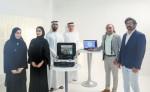 (왼쪽부터) 프로젝트 실무팀 아리얌 아흐메드와 라티파 알세이아리, 압둘라 라시디 연구소 프로젝트 디렉터. IHC 이사회 나데르 알 하마디 이사, 프라모드 쿠마르 수석의와 모하마드