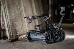 미국 군용 폭발물 처리팀은 플리어 센토 지상 로봇을 사용해 급조폭발물을 해체하고 불발탄을 해체하며 유사한 위험 임무를 수행한다. 조작자는 다양한 센서와 페이로드를 160파운드 무게