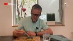 짐 폴테섹 한국쓰리엠 사장이 사이언스 앳 홈 영상에서 과학 원리를 설명하고 있다