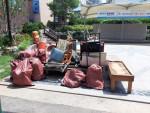 평택 안중전통시장이 장기 적재된 쓰레기를 수거했다