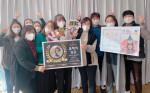호매실장애인종합복지관 직원들이 대상 수상 후 기념 촬영을 하고 있다