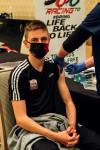 투르 드 프랑스 2020 최종 우승자 슬로베니아의 사이클리스트 타데이 포카차르가 아랍에미리트 두바이에서 코로나19 백신을 접종 받았다