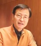 한국방송통신대학교 국어국문학과 총동문회 회장에 당선된 류춘현 시인