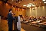 나노코리아2020에서 네패스 이병구 회장이 기조 강연을 하고 있다