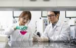 LG화학 생명과학사업본부 연구원들이 신약연구 활동을 진행하고 있다