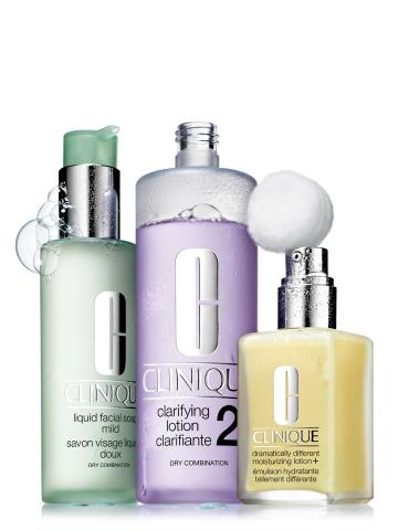 크리니크가 건강한 피부 바탕을 만들어 주는 크리니크 3-스텝(3-Step) 기초 제품을 선보였다.