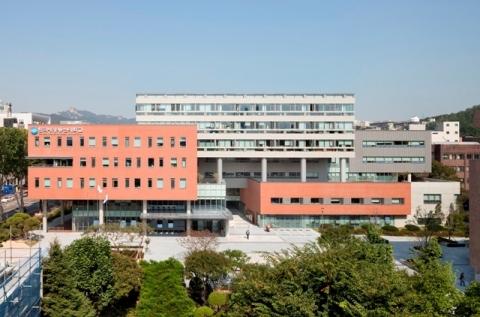 한국방송통신대학교 대학원은 오는 27일 오후 2시 방송대 옆 국립국제교육원 대강당에서 2014년 봄학기 학위수여식을 개최한다.