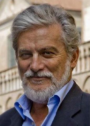 이탈리아 평론가이자 작가인 로베르토 파지