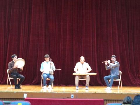 13일에는 서울 동대문구민회관 대강당에서 사전 리허설이 열렸다