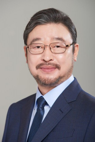 Kim Min Chan, Chairman of the World Masters Committee registered as a candidate in the Republic of K...