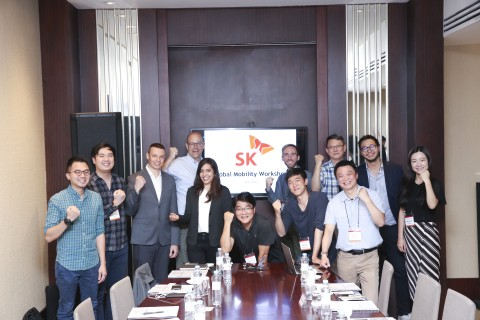 SK 주최로 열린 글로벌 모빌리티 워크숍에서 지역별 선도기업 경영진이 모여 사업확장과 시너지 방안에 대해 논의했다