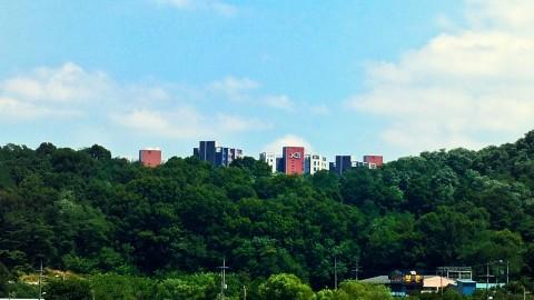 2017년 입주한 구미의 대표적인 숲세권 아파트 문성파크자이