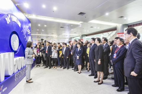 2018 이우 박람회가 소상품 산업을 한 단계 끌어 올리는 새 동력을 제시하고 폐막했다