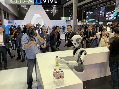 INNFOS가 MWC서 지능형 로봇 XR1을 공개했다