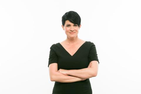 폴투윈 핏크루 홀딩스가 Deborah Kirkham을 신임 이사로 선임했다