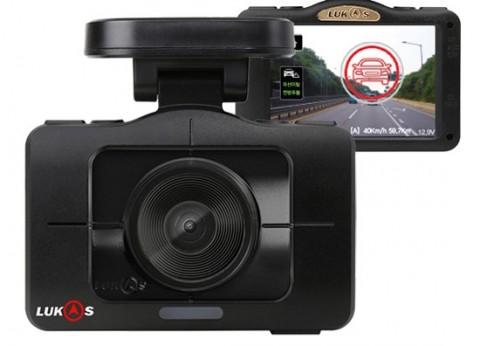 루카스 블랙박스 VR935 외관