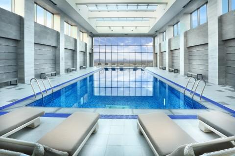 디아넥스 호텔 수영장