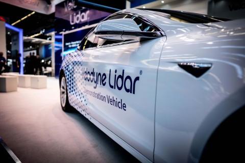 벨로다인은 안전한 주행과 충돌방지를 위한 첨단운전자보조시스템을 지원하는 라이더 기술에 대한 시장의 수요에 부응해 왔으며 모두 소형 폼팩터 안에 구현하고 있다