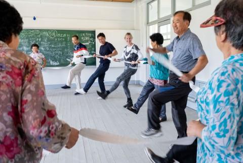 '노인과 함께하는 예술' 커뮤니티 댄스 수업