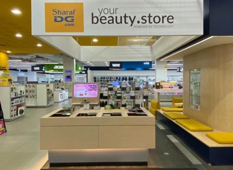 중동 최대 전자제품 유통점인 샤라프 DG(Sharaf DG)의 두바이 타임스퀘어점에 론칭된 룰루랩의 K뷰티 스토어의 모습