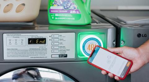 워시라바의 모바일 세탁 플랫폼을 이용해 LG전자 세탁기를 사용하고 있다