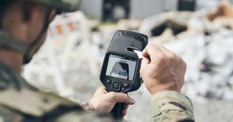 플리어 시스템의 최첨단 휴대용 폭발물 흔적 탐지기인 Fido X4는 광범위한 폭발물에 대해 탁월한 감도를 제공하므로 사용자는 다른 장치로는 불가능한 수준에서 위협을 탐지 할 수 있...