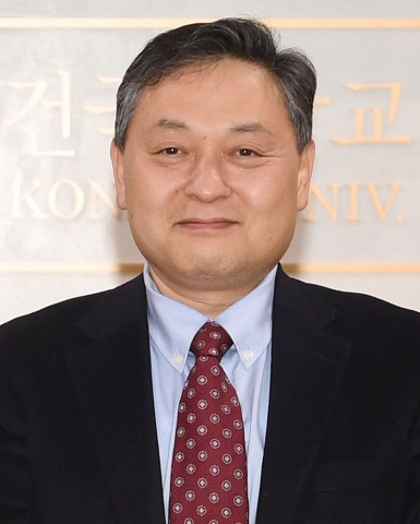 건국대학교 권용수 교수