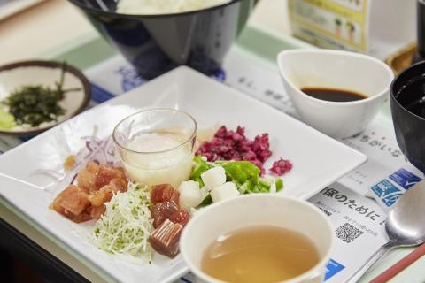 파나소닉 구내식당에서 제공되는 지속 가능 해산물