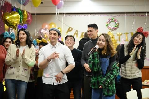 김포대학교는 국제학생의 만족도와 진로 지원을 위해 정규 교과 이외에 다양한 K-Culture 체험·교육 프로그램을 운영하고 있다