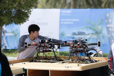 MBZIRC 2020에서 로봇공학과 인공지능 애플리케이션의 최고의 혁신을 볼 수 있다