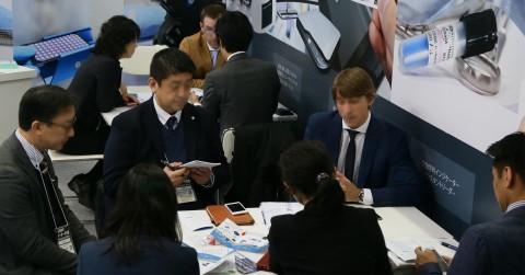 비즈니스 상담 풍경(2019년 오사카 전시회)