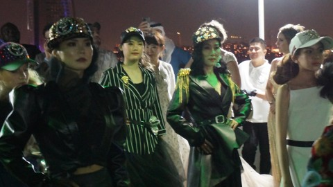 2020 두바이 패션쇼에 참가한 한국시니어스타협회 시니어모델