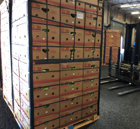 돌 푸드 컴퍼니가 어려움 겪는 지역사회에 신선식품 220만파운드를 제공했다