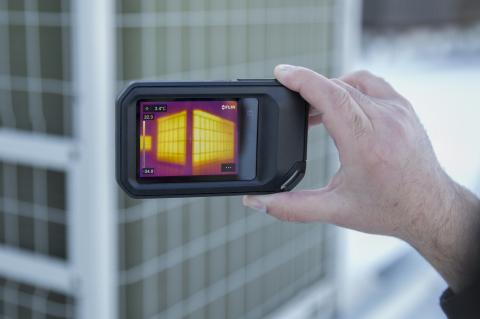 플리어 C5 소형 열화상 카메라는 널리 사용되는 Cx 시리즈에 추가된 최신 제품이다. 새로운 내장형 FLIR Ignite 클라우드 연결 기능을 통해 건물, 제조 및 유틸리티 애플리...