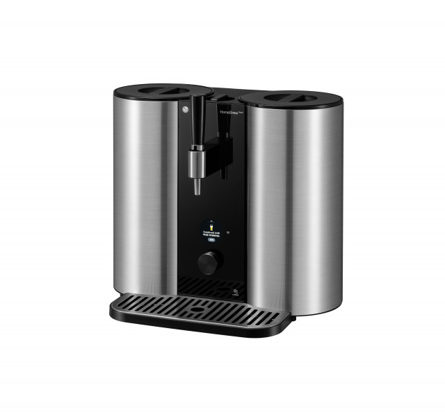 LG전자가 100만원대의 캡슐형 수제 맥주 제조기 LG 홈브루 신제품을 출시했다