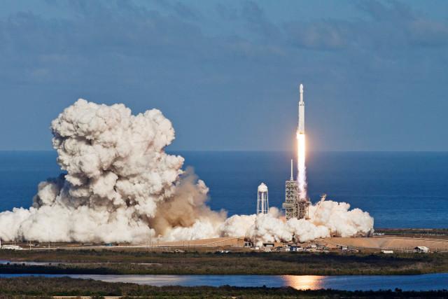 로켓 발사 장면