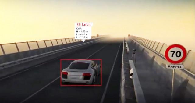벨로다인 라이더 센서가 내장된 파리펙스 솔루션은 도로 안전을 위한 과속 단속 카메라에 장착될 수 있다