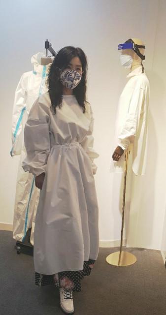 주식회사 해리언의 방호복과 마스크
