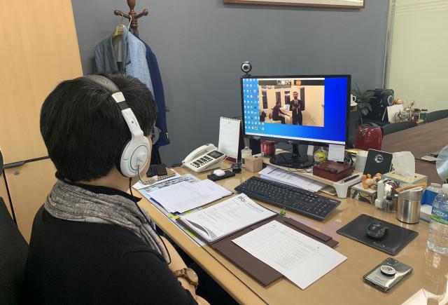 DIOA 트레이닝을 진행 중인 대구오페라하우스 최상무 공연예술본부장